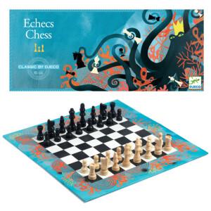 Κλασσικό επιτραπέζιο παιχνίδι σκάκι από την εταιρεία Djeco. Η μάχη ξεκίνησε! Κινήστε στρατηγικά τα πιόνια σας
