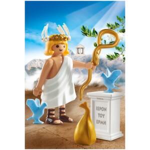 Οι πρώτοι αρχαίοι Έλληνες Θεοί PLAYMOBIL κυκλοφόρησαν στο τέλος του 2016. Τον Ιούνιο του 2018 μετά από μελέτες και με την πολύτιμη συμβολή αρχαιολόγων και παιδαγωγών θα συμπληρωθεί η πρώτη συλλεκτική εξάδα των δώδεκα θεών του Ολύμπου. Για τη δημιουργία των συλλεκτικών φιγούρων χρειάστηκε μακροχρόνια έρευνα και προετοιμασία