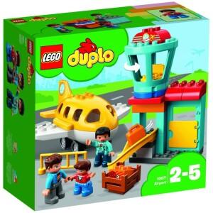 Αναπαραστήστε σενάρια από την πραγματική ζωή με τα LEGO® DUPLO® Town: έναν αναγνωρίσιμο κόσμο με μοντέρνες φιγούρες DUPLO. Βοηθήστε τον μικρό σας πιλότο να ετοιμαστεί για απογείωση στο DUPLO Αεροδρόμιο! Τα παιδιά προσχολικής ηλικίας μπορούν να κατασκευάσουν εύκολα την πύλη επιβίβασης