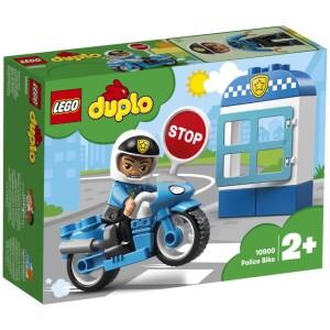 Αναπαραστήστε σενάρια από την πραγματική ζωή με τα LEGO® DUPLO® Town: έναν αναγνωρίσιμο κόσμο με μοντέρνες φιγούρες DUPLO. Τα μικρά παιδιά θα λατρέψουν να τρέχουν στην πόλη με την Αστυνομική Μοτοσικλέτα! Βοηθήστε τα να κατανοήσουν τα σενάρια της καθημερινής ζωής